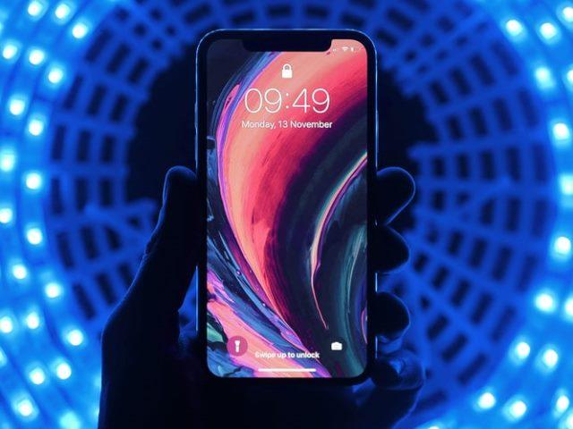 https: img.okezone.com content 2020 10 24 16 2298874 6-aplikasi-terbaik-untuk-ubah-wallpaper-di-ponsel-android-vv1UdPPOzR.jpg