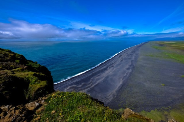 https: img.okezone.com content 2020 10 24 16 2298932 lempeng-tektonik-ditemukan-di-samudera-pasifik-setelah-hilang-60-juta-tahun-zKQwdQ1eXS.jpg