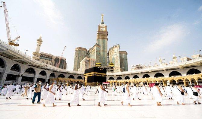 https: img.okezone.com content 2020 10 26 18 2299595 arab-saudi-buka-umrah-untuk-jamaah-internasional-pada-1-november-6xjSrpLSdI.jpg