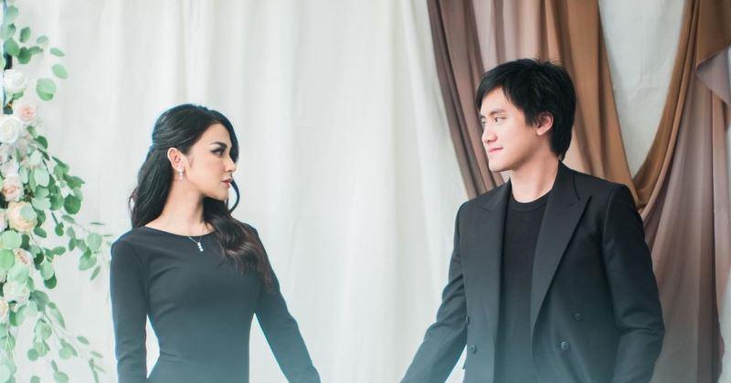https: img.okezone.com content 2020 10 26 33 2299449 hot-gosip-pernikahan-kevin-aprilio-hingga-kiwil-punya-istri-lagi-XTxT9JVOIl.jpg