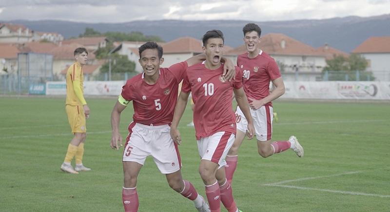 https: img.okezone.com content 2020 10 26 51 2299990 jack-brown-dan-4-pemain-timnas-indonesia-u-19-berstatus-tanpa-klub-GOGoZ2Z7zE.jpg