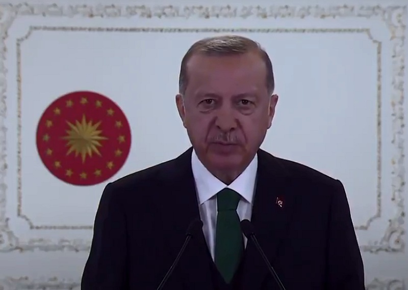 https: img.okezone.com content 2020 10 27 18 2300096 erdogan-serukan-warga-turki-boikot-produk-prancis-sckVqABRfP.jpg