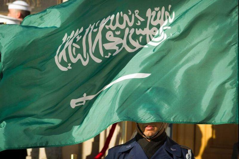 https: img.okezone.com content 2020 10 27 18 2300248 arab-saudi-kutuk-kartun-menghina-nabi-muhammad-EzakwglrAq.jpg