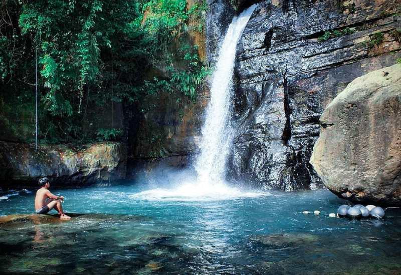 https: img.okezone.com content 2020 10 27 408 2300442 mau-liburan-hemat-ini-7-tempat-wisata-murah-meriah-di-malang-raya-7rT2SOYhPk.jpg