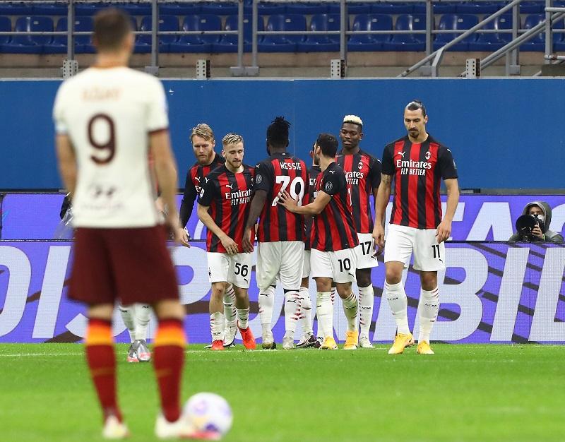 Rafael Leao Kecewa Berat AC Milan Diimbangi AS Rom