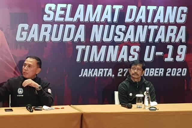 https: img.okezone.com content 2020 10 27 51 2300552 kembali-ke-indonesia-ketum-pssi-imbau-para-pemain-timnas-u-19-tetap-jaga-kondisi-MifjxEqJew.jpg