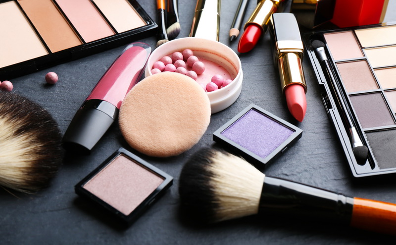 https: img.okezone.com content 2020 10 29 320 2301309 peluang-ekspor-produk-kosmetik-ri-terbuka-lebar-ndcuiJDqPs.jpg