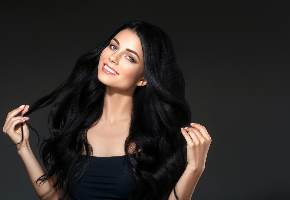 https: img.okezone.com content 2020 10 29 611 2301241 jangan-diikuti-ini-5-kesalahan-umum-penggunaan-hair-oil-7YexvWmQ2N.jpg