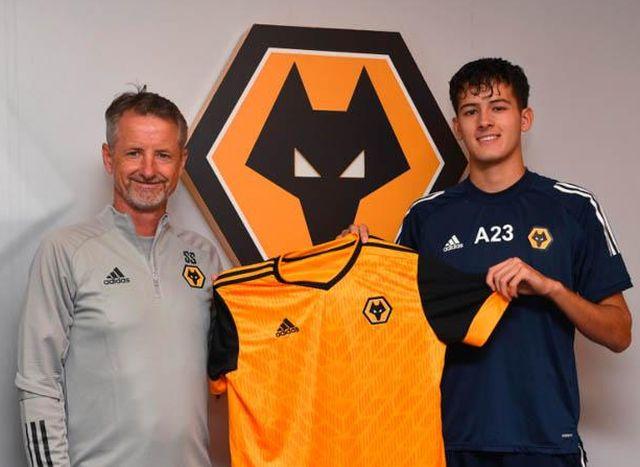 Mengenal Justin Quincy Hubner, Bek Keturunan Indonesia yang Bermain di  Wolverhampton Wanderers : Okezone Bola