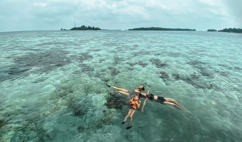 https: img.okezone.com content 2020 10 31 408 2301937 ingin-one-day-tour-di-kepulauan-seribu-intip-4-pulau-ramah-anak-t8oP7HNW2g.jpg
