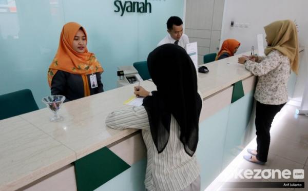 https: img.okezone.com content 2020 11 01 320 2302270 transaksi-festival-ekonomi-syariah-2020-tembus-rp5-triliun-4z5BbuJPVi.jpg