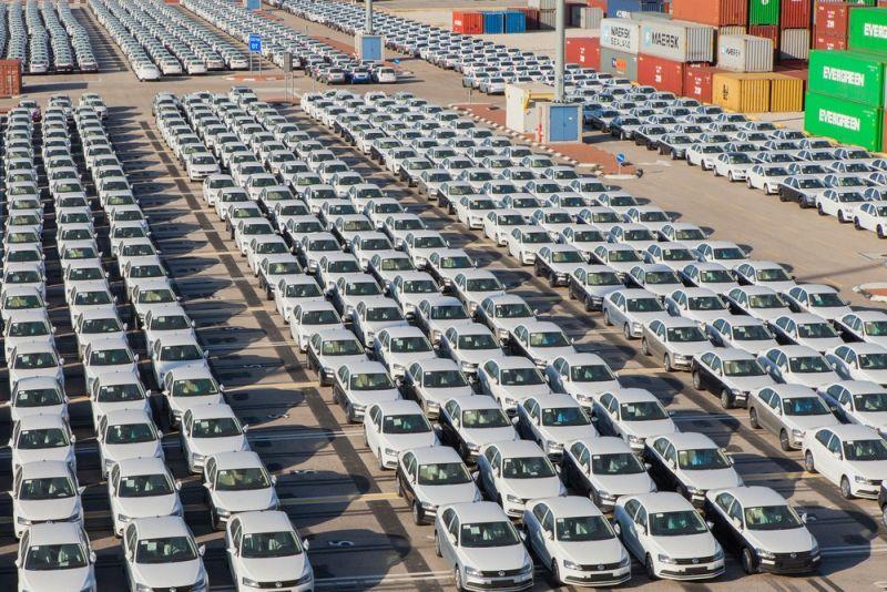 https: img.okezone.com content 2020 11 02 52 2302642 14-juta-mobil-bekas-diekspor-ke-negara-berkembang-dinilai-transfer-polusi-teOPRndVFS.jpg