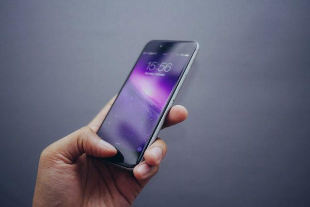 https: img.okezone.com content 2020 11 03 16 2303622 gunakan-aplikasi-ini-untuk-temukan-ponsel-yang-hilang-yj5Bt6Ont1.jpg