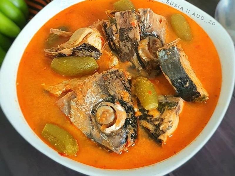 https: img.okezone.com content 2020 11 04 298 2303977 asam-pedas-ikan-tuna-hidangan-lezat-untuk-keluarga-eY9LSekLpq.jpg