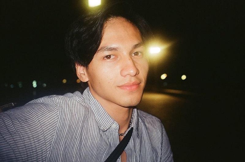https: img.okezone.com content 2020 11 04 33 2304102 perdana-jefri-nichol-hadir-di-sidang-gugatan-falcon-pictures-sc5g5Sy4r4.jpg