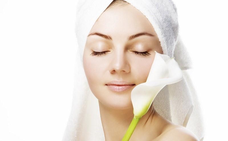 https: img.okezone.com content 2020 11 04 611 2303931 5-rahasia-kecantikan-kulit-yang-wajib-diketahui-oleh-setiap-wanita-ON4w9Hm3Rv.jpg