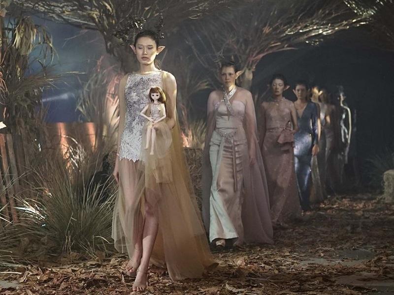 https: img.okezone.com content 2020 11 05 194 2304936 sfp-2020-usung-konsep-green-fashion-yang-ramah-lingkungan-9zJlYwIIlE.jpg