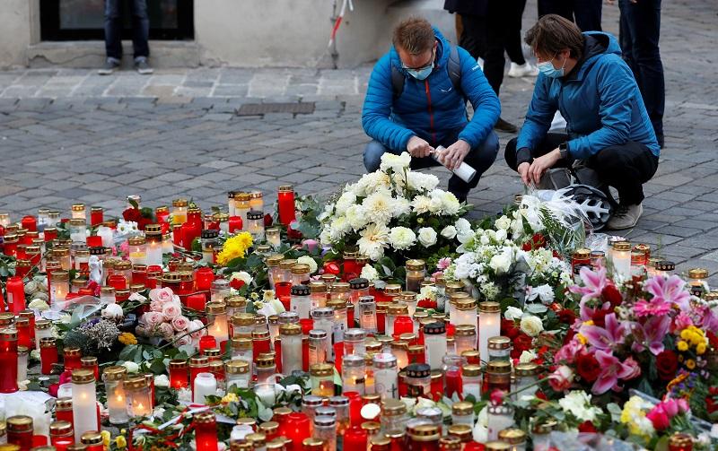 https: img.okezone.com content 2020 11 06 18 2305243 perwakilan-austria-puji-solidaritas-capres-as-untuk-penembakan-di-wina-CzrOhIF5rM.JPG
