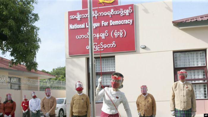 https: img.okezone.com content 2020 11 06 18 2305610 partai-suu-kyi-diperkirakan-kembali-menang-di-pemilu-myanmar-Gwovz9rlrn.jpg