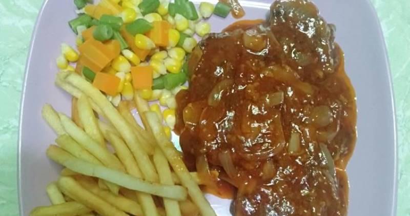 https: img.okezone.com content 2020 11 06 298 2305150 blt-cair-yuk-bikin-steak-ala-resto-dengan-budget-kaki-lima-S9uj6CCTDY.jpg