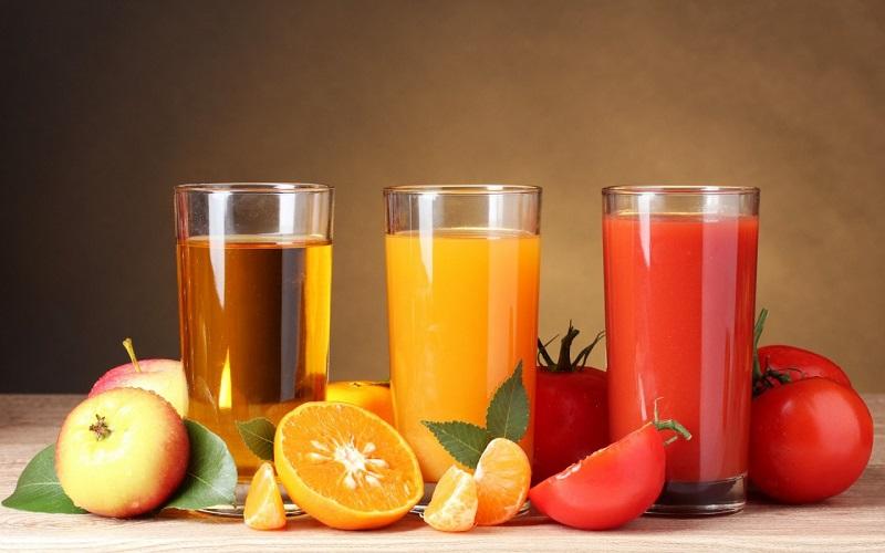 https: img.okezone.com content 2020 11 06 298 2305184 mengonsumsi-buah-yang-dipotong-atau-dijus-lebih-sehat-mana-L8suKFjXtc.jpg