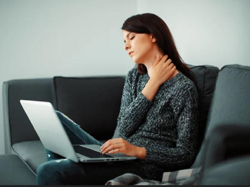 https: img.okezone.com content 2020 11 06 481 2305098 waduh-work-from-home-sebabkan-keputihan-benarkah-HgSIvkcMbE.jpg