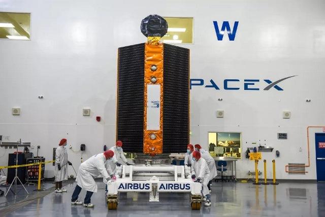 https: img.okezone.com content 2020 11 07 16 2305682 nasa-tunda-peluncuran-satelit-pemantau-laut-sentinel-6-w5SbbNR45h.jpg