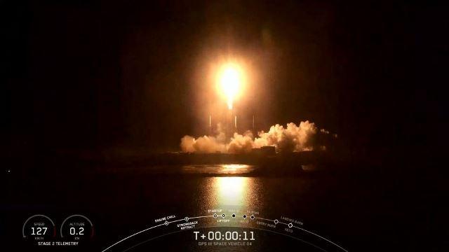 https: img.okezone.com content 2020 11 07 16 2305874 spacex-luncurkan-roket-falcon-9-bawa-satelit-gps-canggih-M9bki1DJf6.jpg