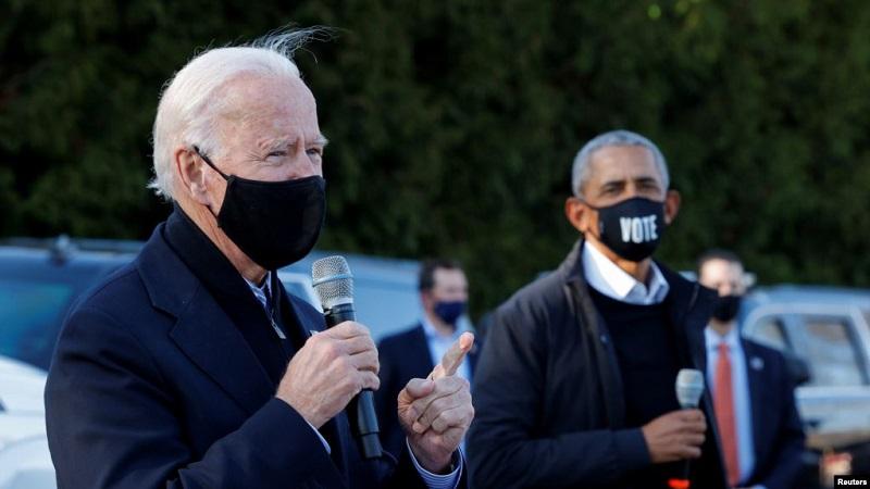 https: img.okezone.com content 2020 11 08 18 2305997 joe-biden-terpilih-jadi-presiden-as-obama-kemenangan-bersejarah-7Ov5JrsviU.jpg