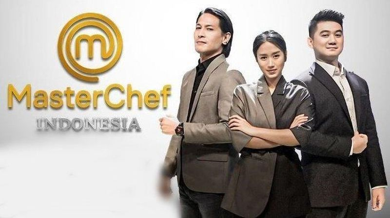 https: img.okezone.com content 2020 11 08 298 2306066 masterchef-indonesia-season-7-audrey-masuk-tim-kuning-bersama-nindy-wXqEvGI8aC.jpg