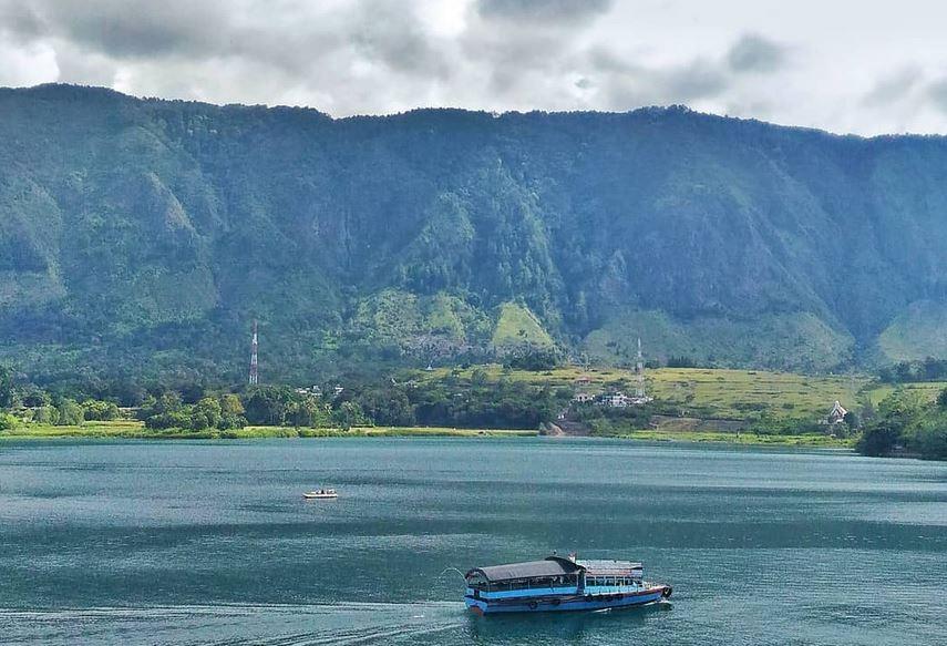 https: img.okezone.com content 2020 11 08 406 2306005 disbudpar-sumatra-utara-kembangkan-pariwisata-berbasis-geopark-ZzGvP3Slxw.JPG