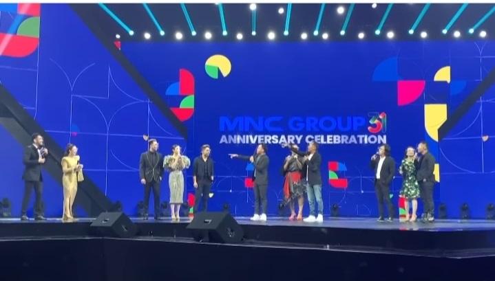 https: img.okezone.com content 2020 11 08 598 2306083 31-tahun-berkarya-mnc-group-persembahkan-perayaan-bertabur-bintang-9l6kO0L9RY.jpg