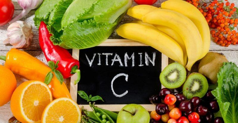 https: img.okezone.com content 2020 11 08 620 2306168 beberapa-vitamin-yang-dibutuhkan-tubuh-saat-musim-hujan-0XmdbEEduJ.jpg