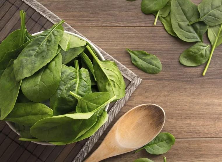 https: img.okezone.com content 2020 11 09 481 2306642 4-sayuran-terbaik-untuk-cegah-kanker-payudara-i3syH4ye7V.jpg
