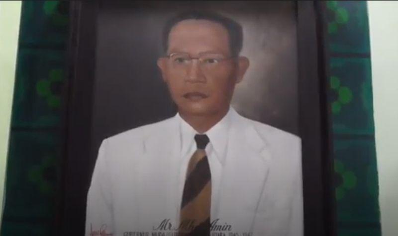 https: img.okezone.com content 2020 11 09 608 2306893 jejak-sm-amin-nasution-gubernur-pertama-sumut-yang-dapat-gelar-pahlawan-nasional-EBTe4QIkuX.jpg