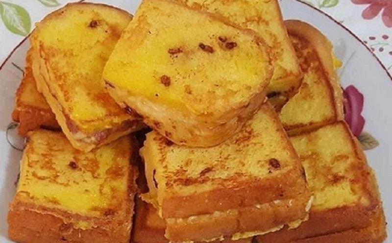 https: img.okezone.com content 2020 11 10 298 2307308 roti-balutan-telur-camilan-enak-untuk-santap-sore-aJzxO8uaQm.jpg