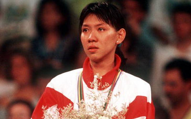 https: img.okezone.com content 2020 11 10 40 2306986 susy-susanti-alan-budikusuma-pahlawan-perdana-indonesia-di-olimpiade-CGyRQVyOdG.jpg