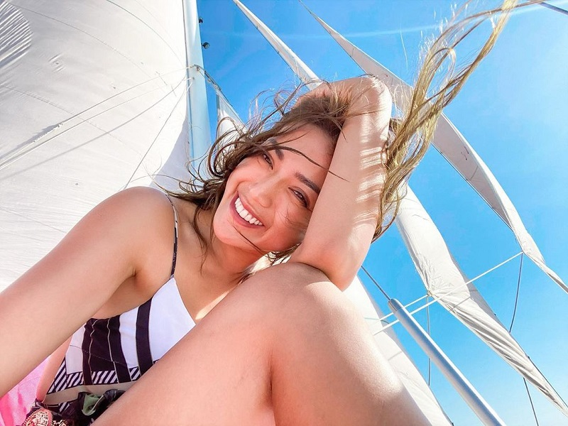 https: img.okezone.com content 2020 11 11 194 2308055 pesona-kecantikan-jessica-iskandar-hot-mom-yang-diterpa-isu-video-syur-7gkvJBX65P.jpg
