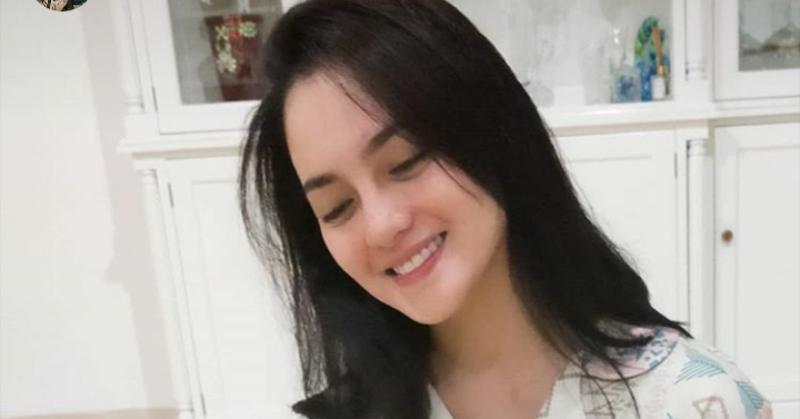 https: img.okezone.com content 2020 11 11 33 2307705 ririn-ekawati-ulang-tahun-ibnu-jamil-beri-kejutan-romantis-trGs3XPW0T.jpg