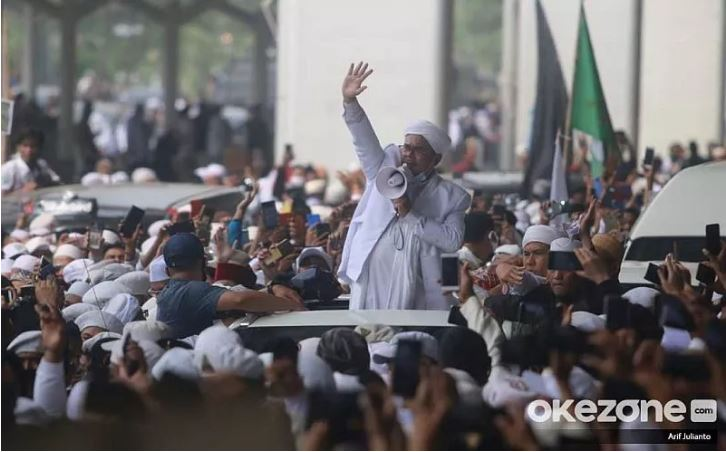 https: img.okezone.com content 2020 11 11 337 2307609 kepulangan-habib-rizieq-tak-akan-ubah-peta-politik-indonesia-B9DPonJZ2I.JPG