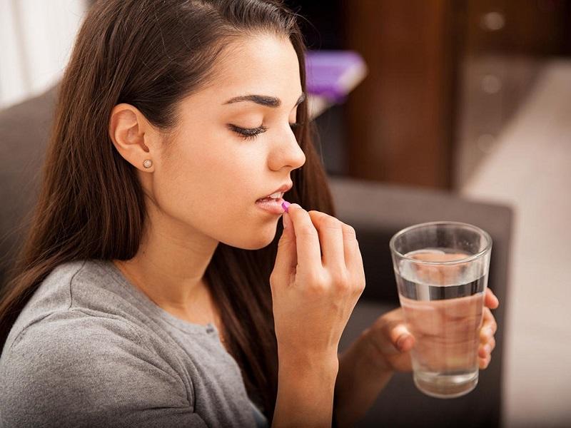 https: img.okezone.com content 2020 11 11 620 2307844 studi-konsumsi-aspirin-dosis-rendah-bisa-cegah-bayi-lahir-prematur-Tzq2r7uHdp.jpg