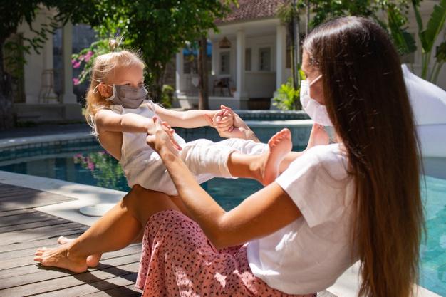 https: img.okezone.com content 2020 11 12 12 2308317 5-tips-menjadi-orang-tua-yang-lebih-tenang-di-masa-pandemi-SWGV8wxVBZ.jpg