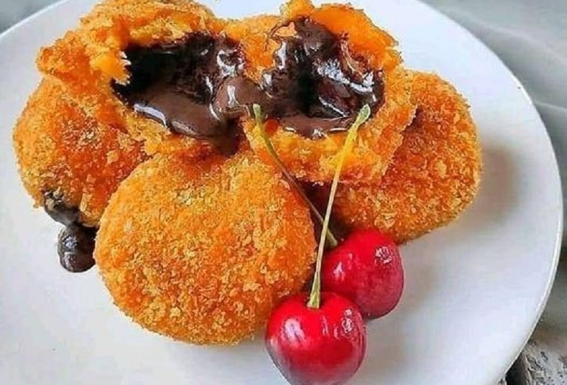 https: img.okezone.com content 2020 11 12 298 2308722 lezatnya-bola-ubi-cokelat-lumer-cocok-untuk-camilan-DHzwbFGmjL.jpg