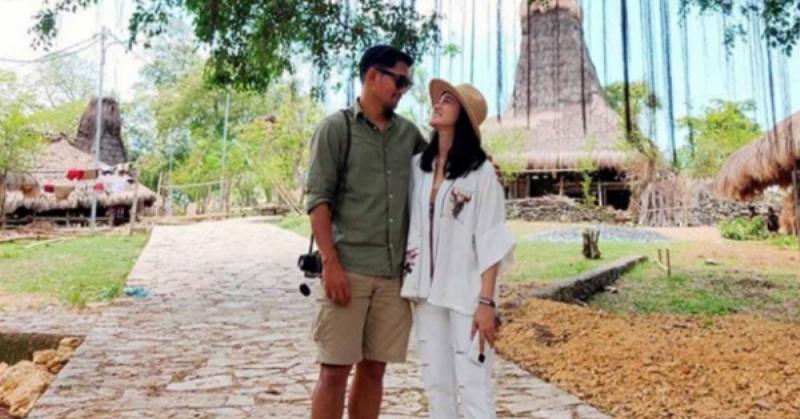 https: img.okezone.com content 2020 11 12 33 2308646 so-sweet-ibnu-jamil-umbar-kata-romantis-untuk-ulang-tahun-ririn-ekawati-HhFC6NNzc7.jpg