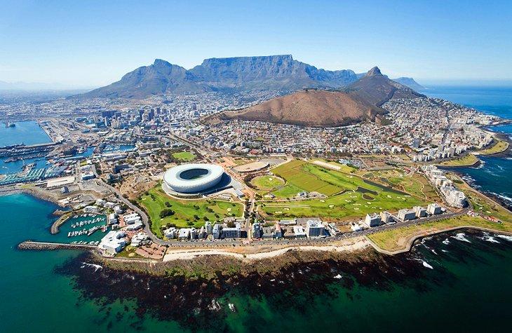 https: img.okezone.com content 2020 11 12 406 2308640 afrika-selatan-buka-pintu-untuk-wisatawan-dari-semua-negara-KAWvVe2pwk.jpg