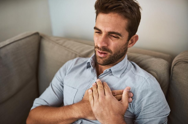 https: img.okezone.com content 2020 11 12 481 2308485 awas-hipertensi-bisa-sebabkan-gagal-jantung-dCwJ4aQCCN.jpg
