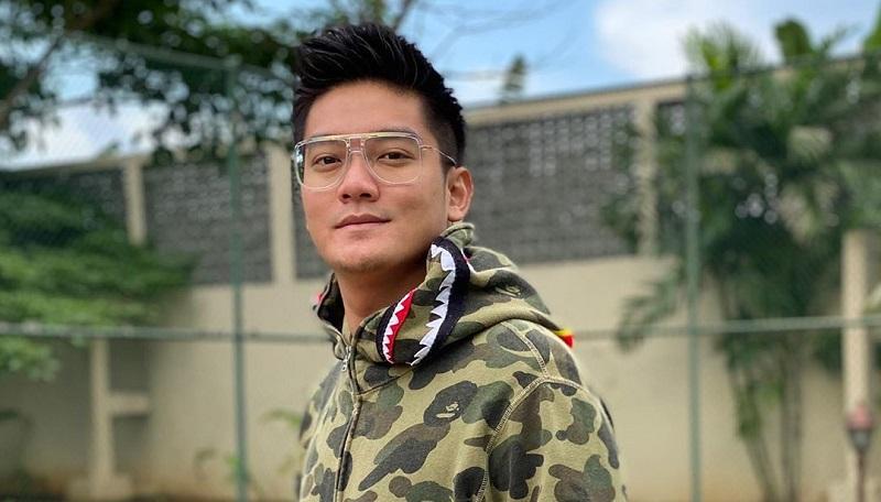 https: img.okezone.com content 2020 11 12 620 2308747 alasan-rcti-pinang-boy-william-jadi-host-indonesian-idol-Gsa6ZpKM1K.jpg