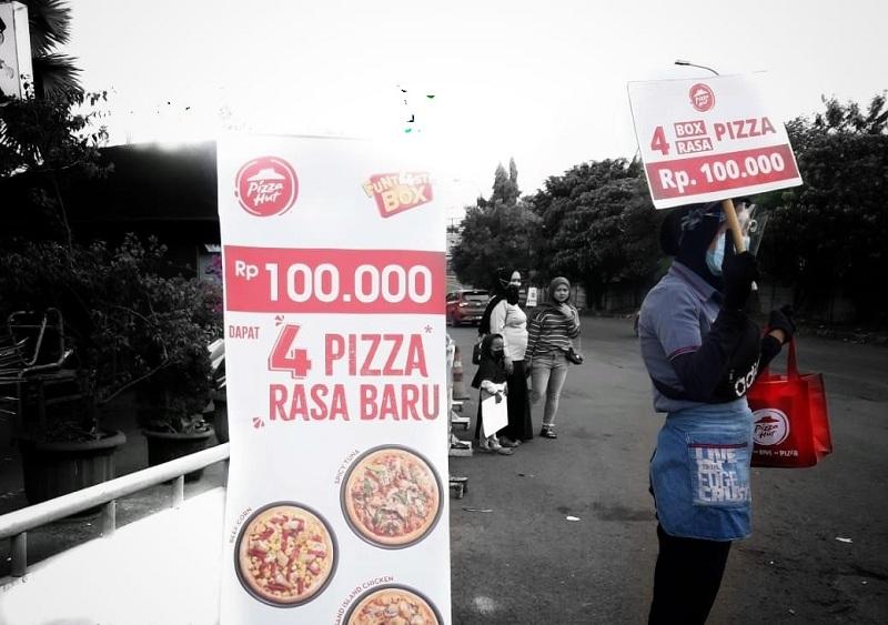 PZZA Strategi Pizza HUT Jualan di Pinggir Jalan, Ternyata Tetap Rugi : Okezone Economy
