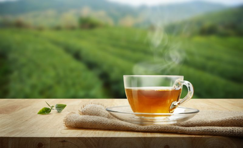 https: img.okezone.com content 2020 11 13 481 2309125 jenis-jenis-teh-herbal-yang-baik-untuk-kesehatan-tubuh-JtjnAvR1jj.jpg