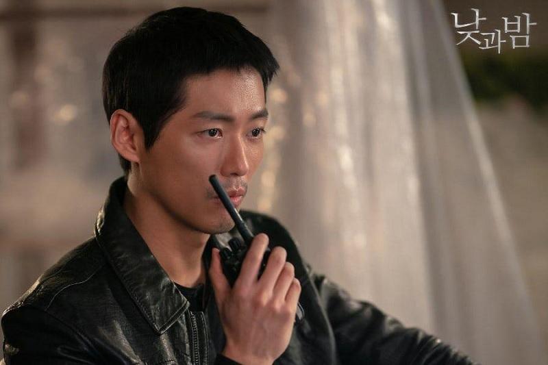 https: img.okezone.com content 2020 11 14 598 2309436 nam-goong-min-diincar-jadi-agen-mata-mata-di-drama-baru-mbc-3e5CFa0GvP.jpg